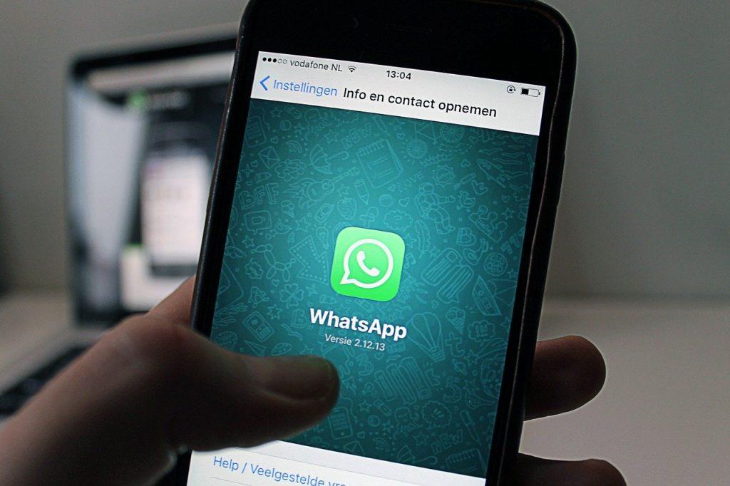 Whatsapp group icon